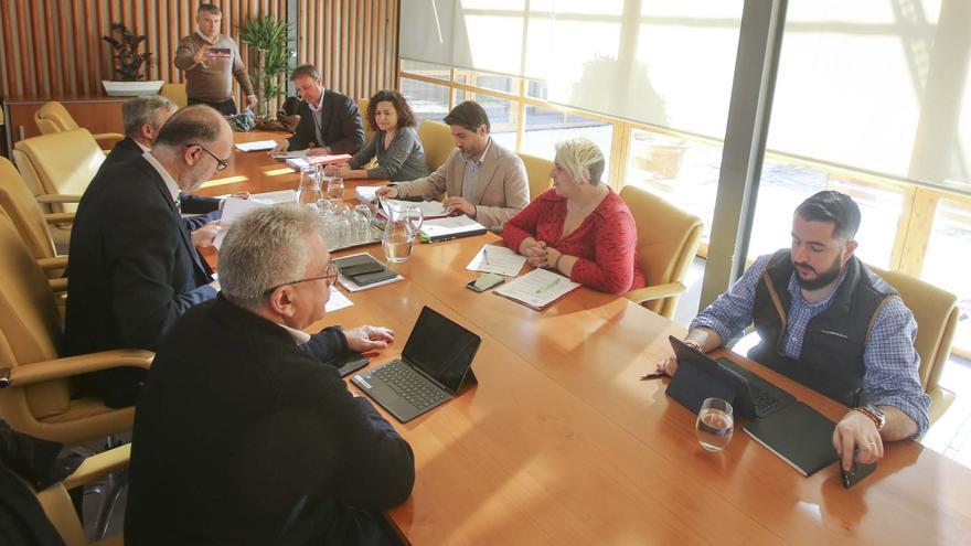 La izquierda exige al bipartito de Alicante que permita la presencia de vecinos en la Comisión de Limpieza