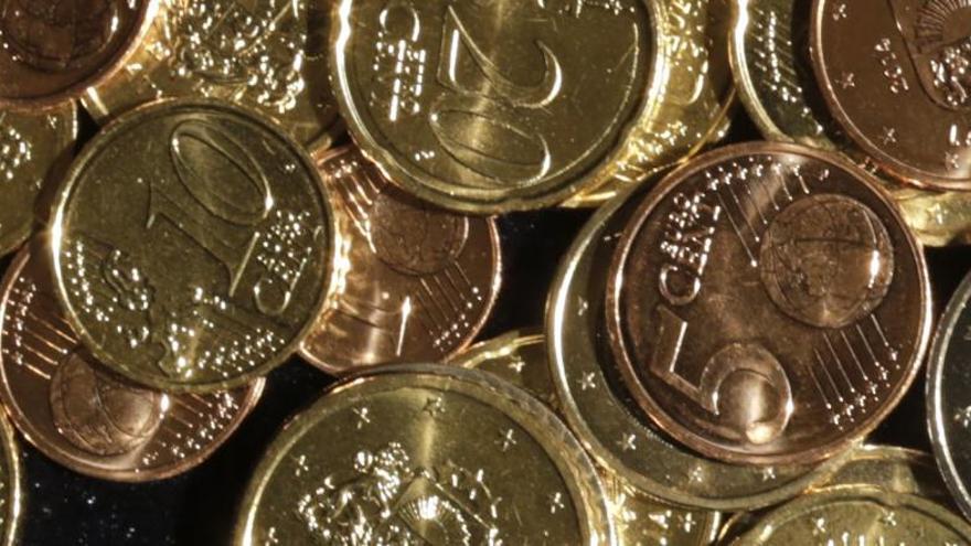 ¿Por qué es más grande la moneda de 5 céntimos que la de 10?