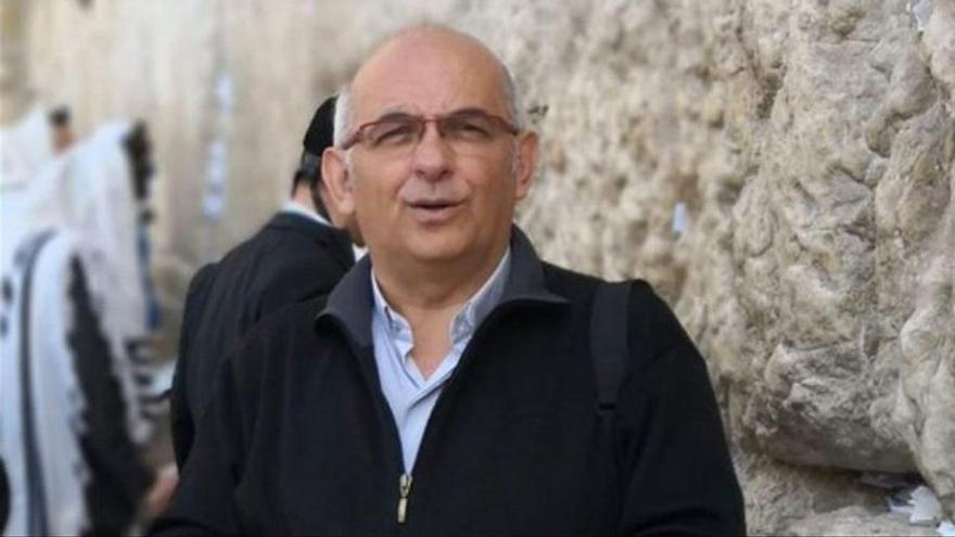 Mor d'un infart un sacerdot mentre oficiava un funeral a Pamplona