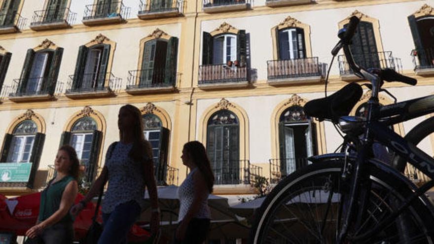 Pisos con tres dormitorios de hasta 700 euros al mes, el alquiler más buscado en Málaga