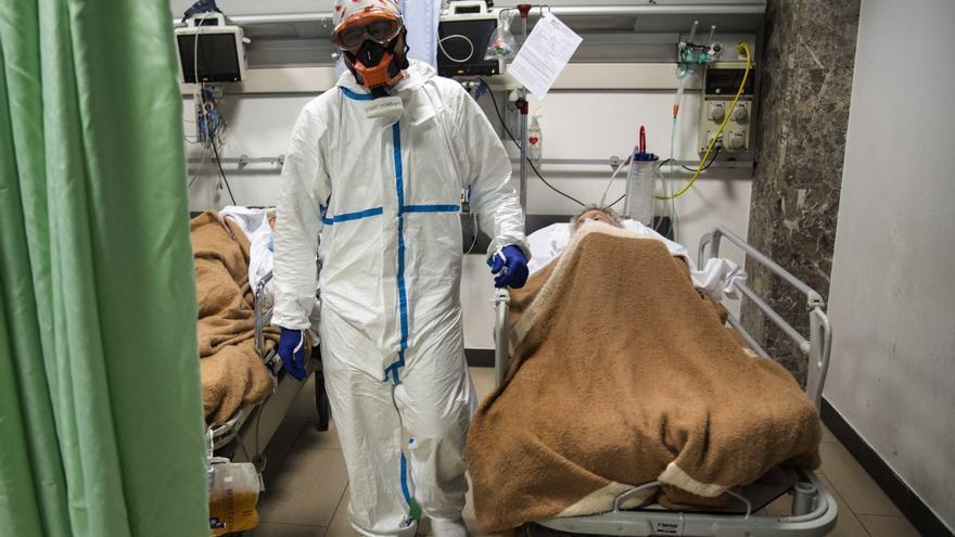 Hordas que te quieren infectar de covid y deseos de quemar el hospital: sueños pandémicos recurrentes