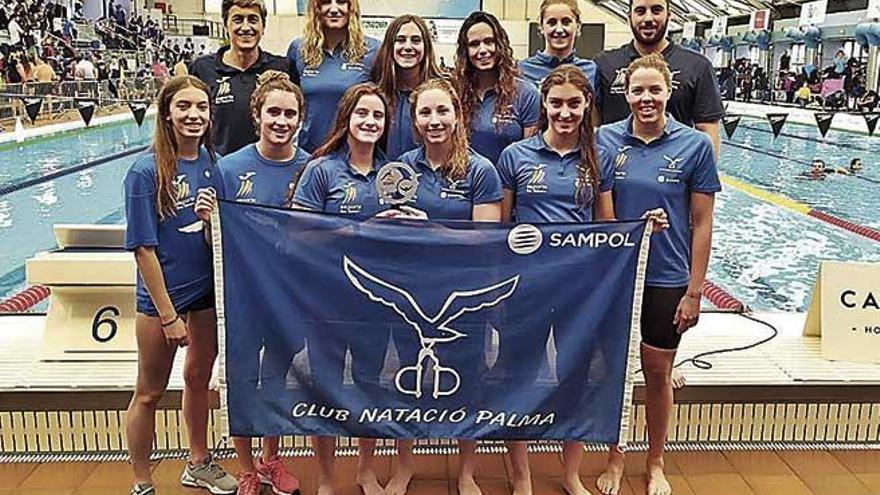 El equipo femenino del CN Palma asciende a la División de Honor