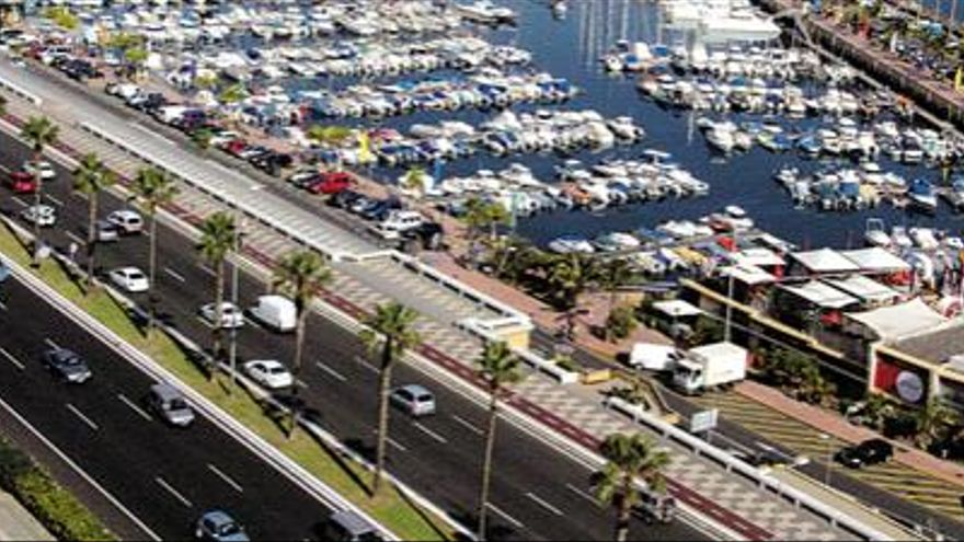 El Puerto dedica una calle a Pedro 'Texaco' junto a la gasolinera del Muelle Deportivo