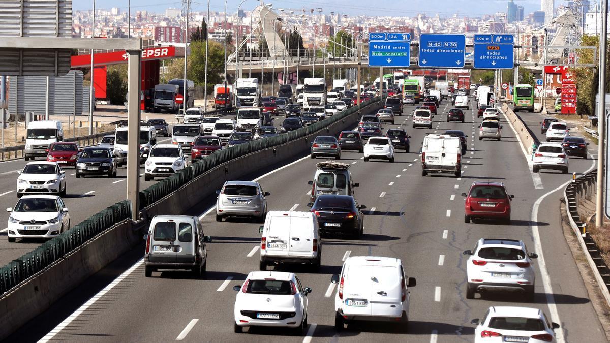 Retenciones de tráfico a la salida de Madrid.