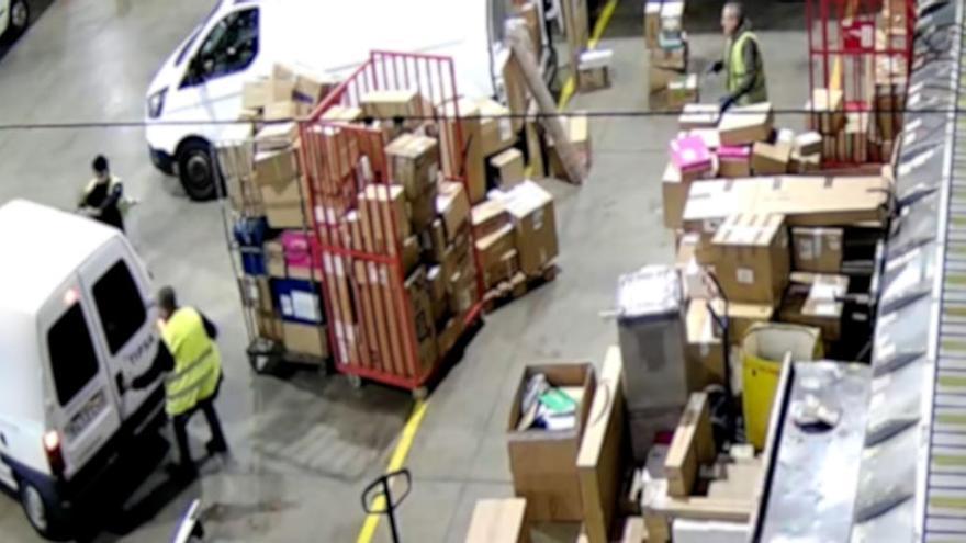 Es feien passar per repartidors per robar en empreses logístiques