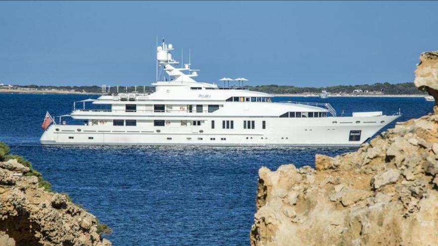 Atraca un yate en Ibiza que se alquila por casi 400.000 euros semanales