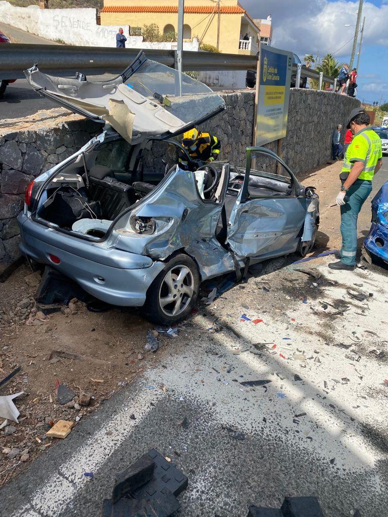 Accidente con siete heridos en la carretera entre Telde y Valsequillo (30/04/2021)