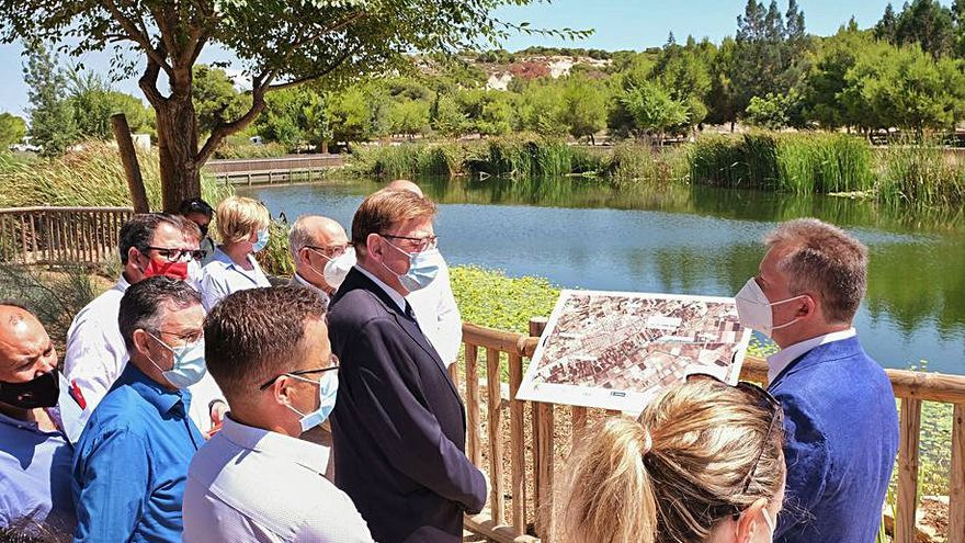 Hidraqua expone sus planes de drenaje en el Congreso del Agua
