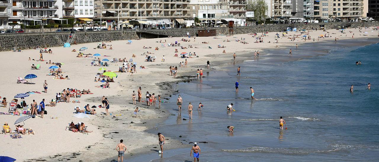 Vista de la playa de Silgar en Sanxenxo