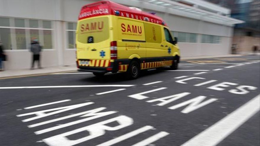 Un fallecido y un herido en un accidente de moto en Sagunt