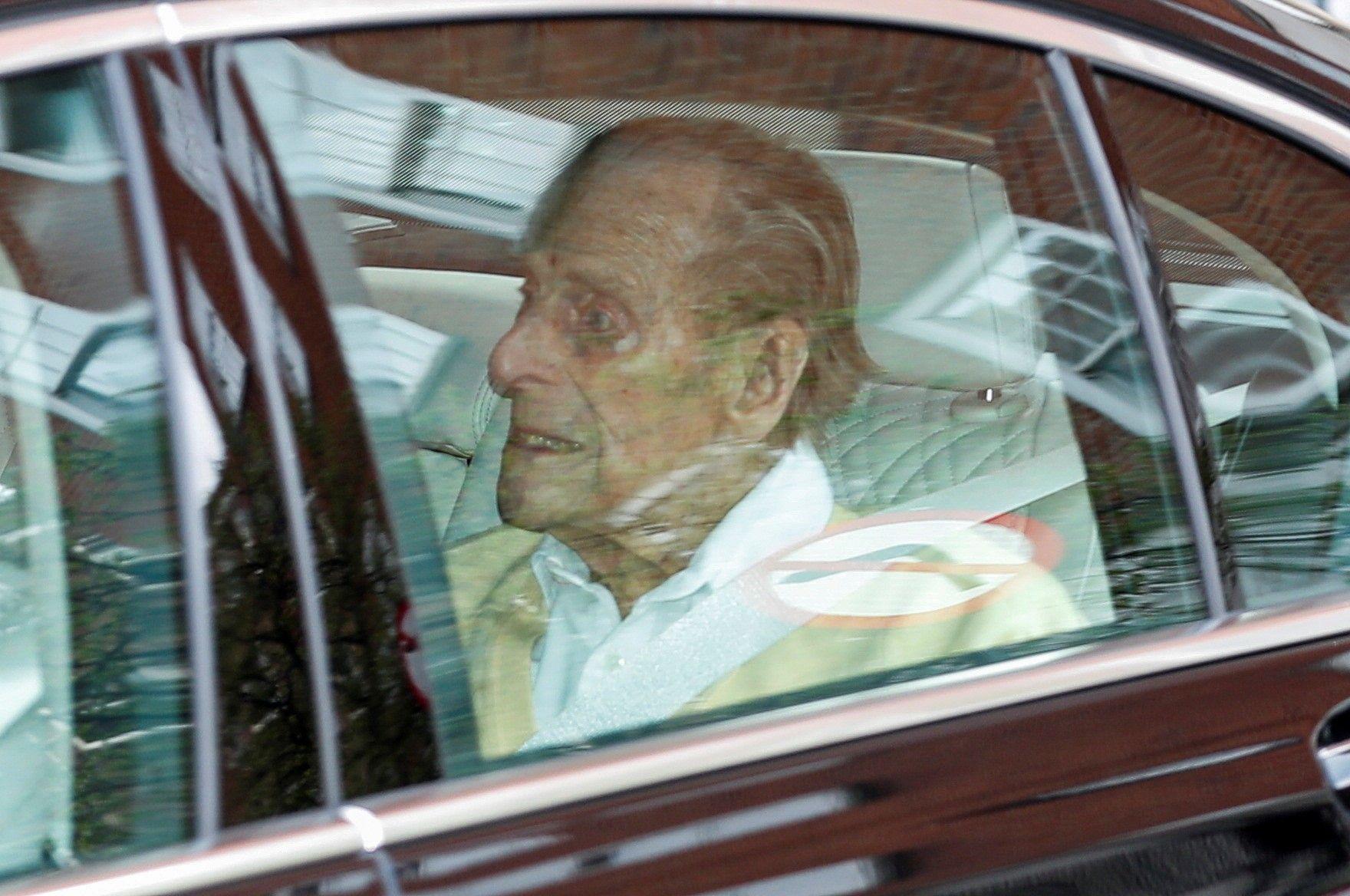 El duque de Edimburgo abandona el hospital tras más de 28 días ingresado en Londres