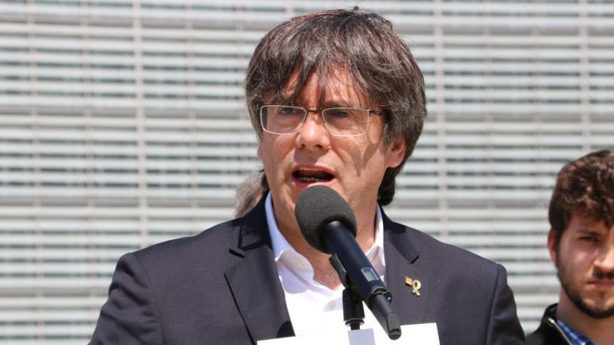 Puigdemont: «El gest era nomenar catalans per presidir cambres per suspendre els seus representants»
