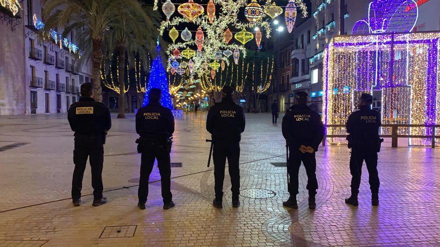 Despedida de 2020 con civismo en Elche: menos de 80 denuncias en Nochevieja