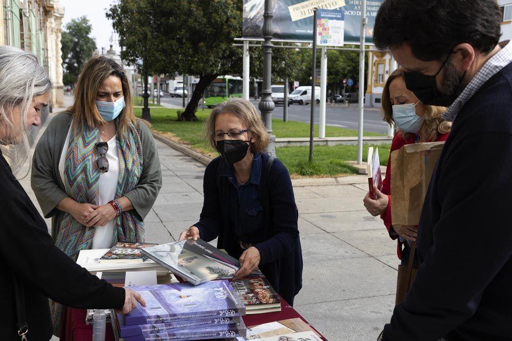 Día del libro en la Diputación con regalo de libros