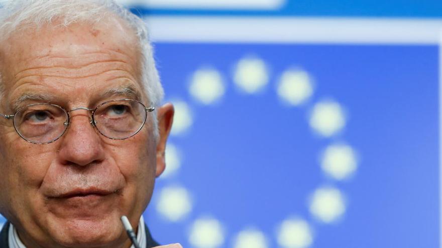 Un periodista consigue entrar en una videoconferencia secreta de Defensa de la UE