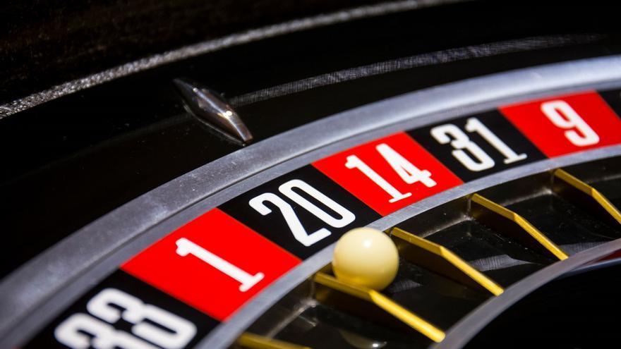 Tres detenidos por amañar ruletas electrónicas en salones de juego de Madrid