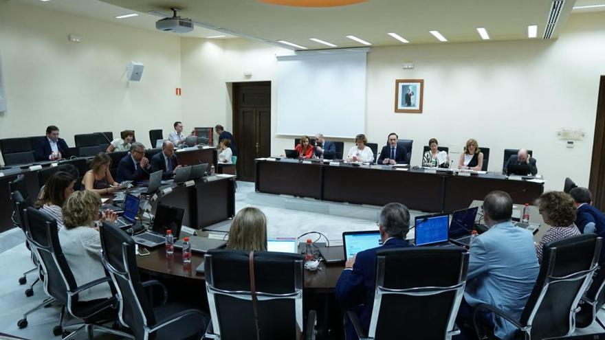 La UCO vuelve a incrementar su presupuesto para becas hasta los 2,8 millones de euros