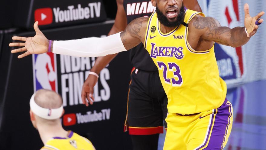 James y Davis colocan a los Lakers a una victoria del anillo