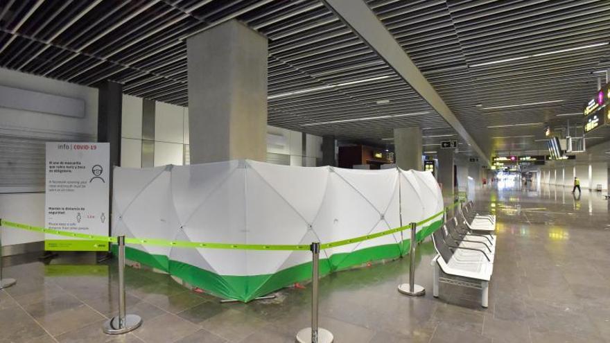 Zona para realizar test Covid-19 en el aeropuerto