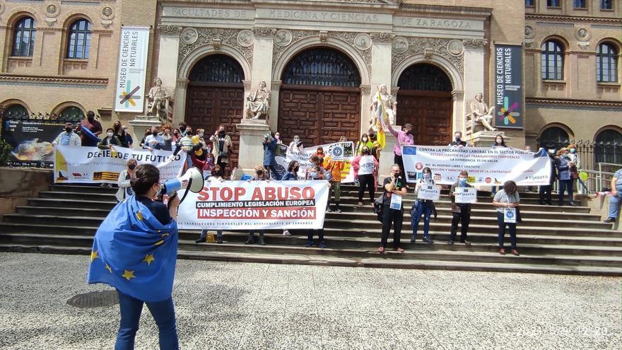 Los interinos dicen que las Administraciones no cumplen la normativa europea sobre el abuso de temporalidad