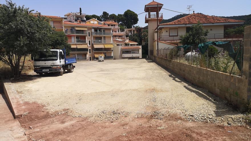 Serra inicia las obras para construir nuevos parkings