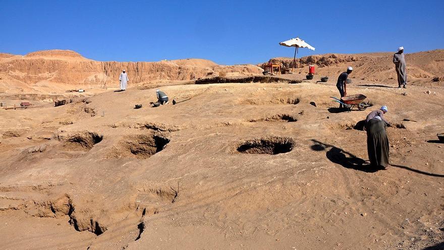 Hallan bajo la arena en Egipto una ciudad perdida de 3.000 años