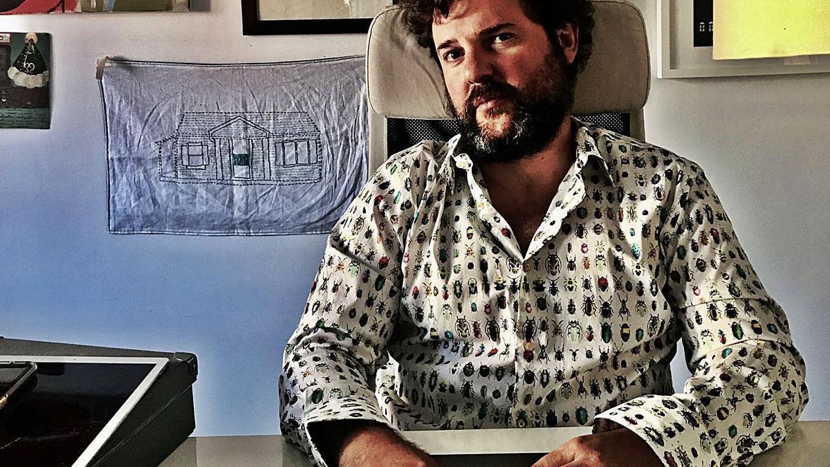 El escritor Jacobo Bergareche, autor de 'Los días perfectos'.   | // BELÉN GARCÍA-MENDOZA
