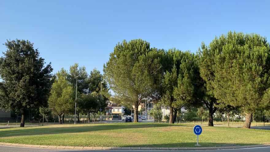 Tallaran l'accés a la variant de Banyoles per Can Puig per obres d'asfaltatge