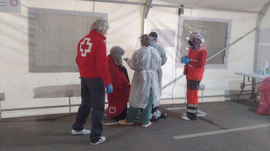 Interceptadas otras dos pateras con 27 personas en aguas de Xàbia y Alicante