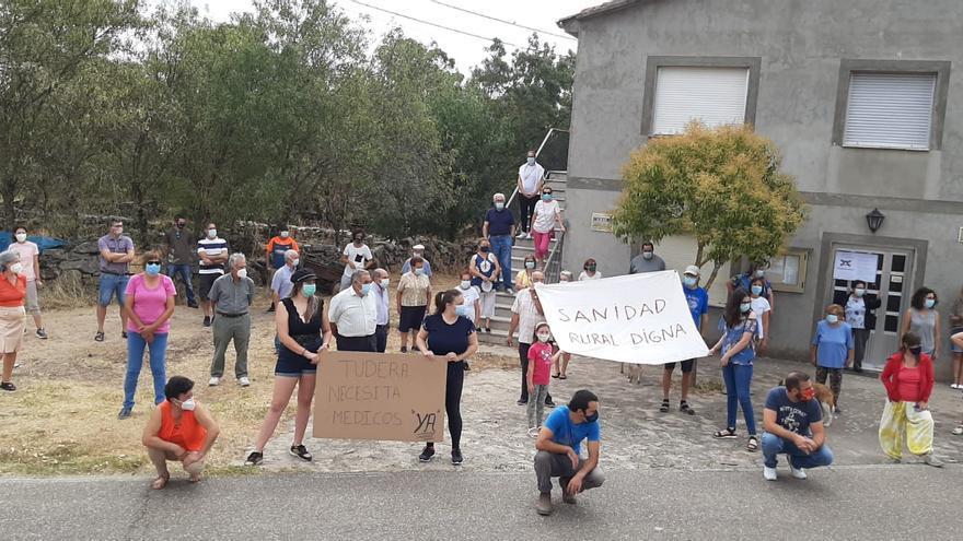 Podemos Zamora denuncia la invisibilización de las protestas de Sayago por falta de médicos