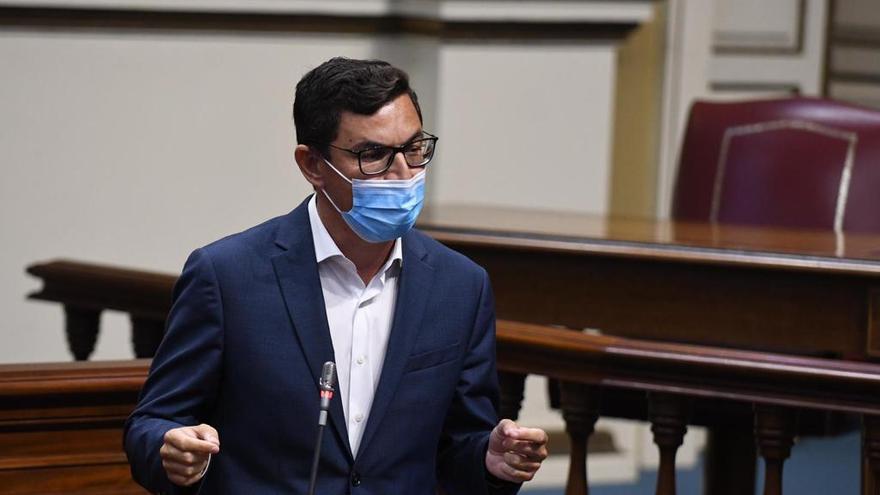 Román Rodríguez da por hecho que los presupuestos generales incluirán el fuero canario