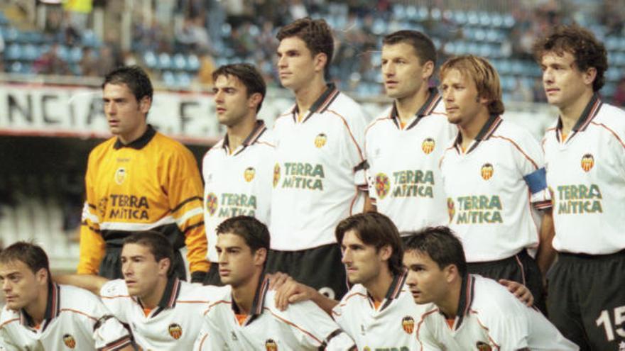 Destituyen a un exjugador del Valencia