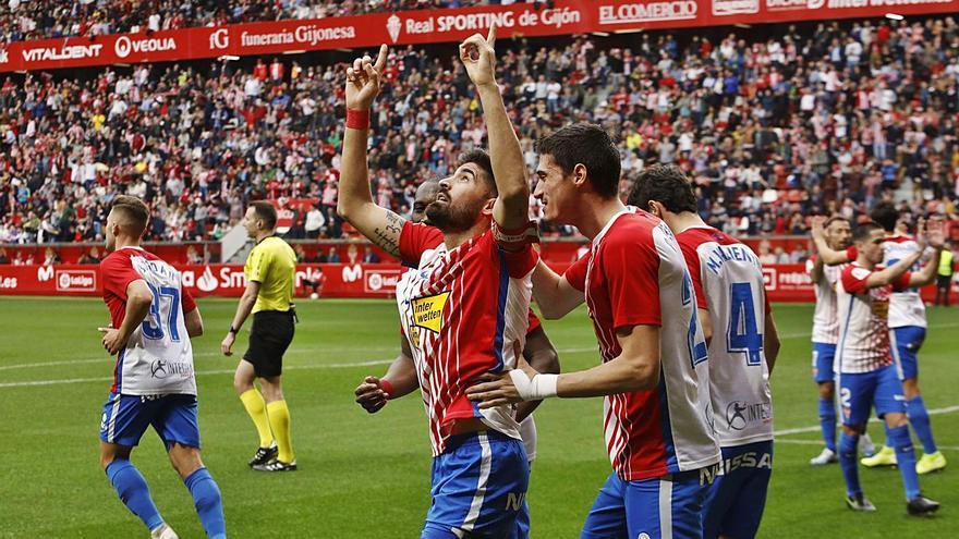 El Mirandés, sin suerte en Gijón