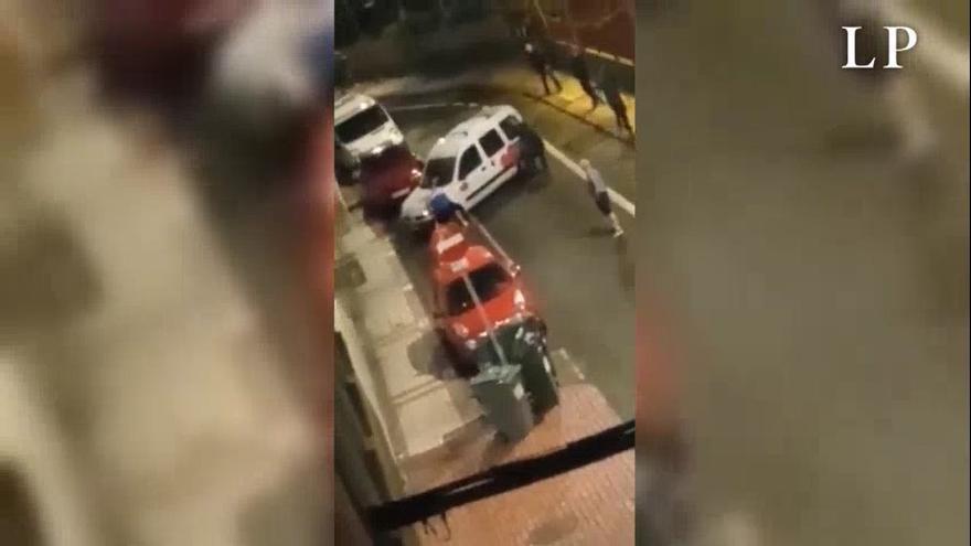 """Un grupo de turistas ebrios la """"lía"""" en Guanarteme"""