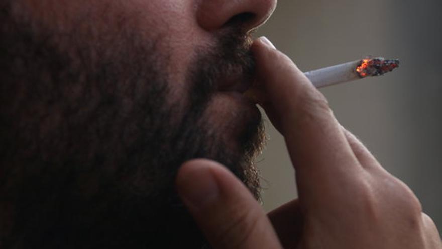 Més de 36.000 persones van prendre fàrmacs finançats per deixar de fumar el 2020