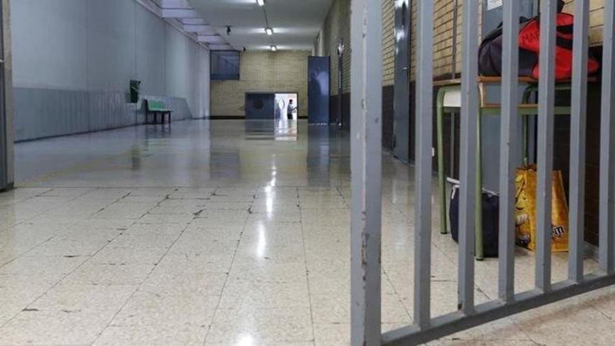 Suspenden a 30 funcionarios de una prisión de mujeres en EEUU por abusos