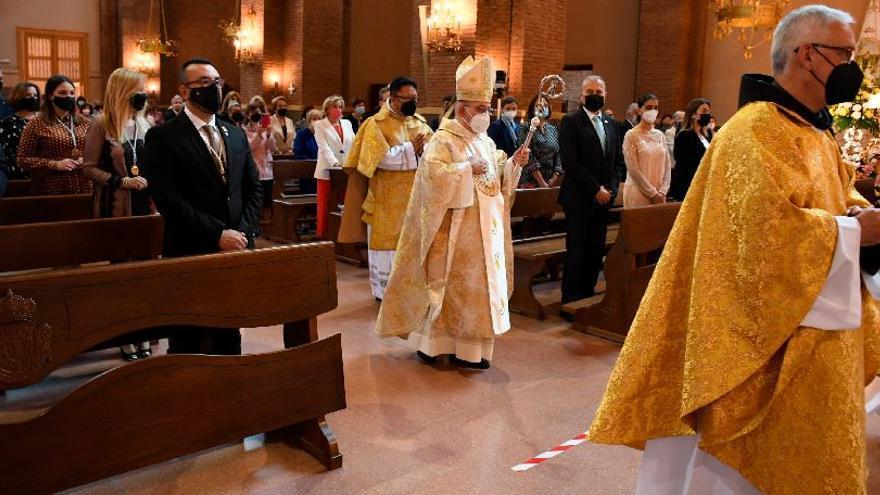 Vila-real loa a Sant Pasqual con misa y una 'Xulla' en la intimidad