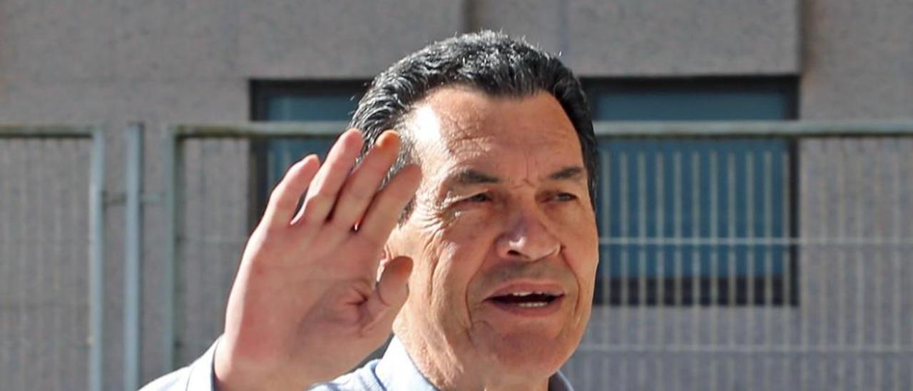 """El """"Culebra"""", en los juzgados de Vigo. // M.G.B."""