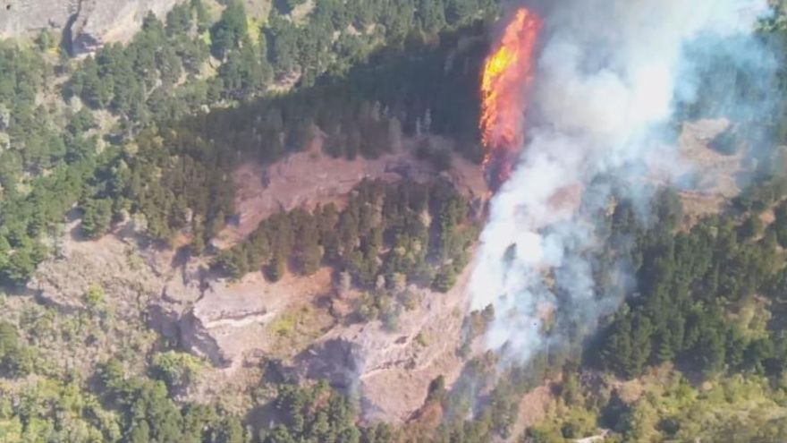 El tercer incendio de Gran Canaria en una semana alcanza el nivel dos
