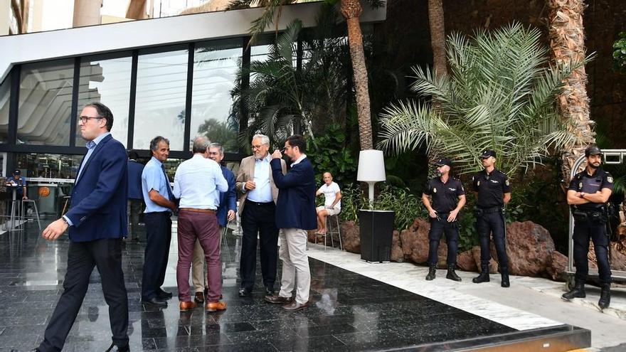 Encuentro de Pablo Casado (PP) con hoteleros en el sur de Gran Canaria
