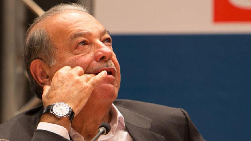 Carlos Slim lanza una OPA por FCC al superar el 30% del capital