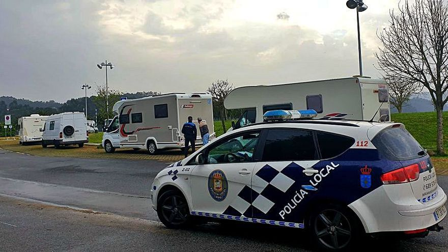 La Policía Local de Poio tramita más de 20 denuncias durante la Semana Santa