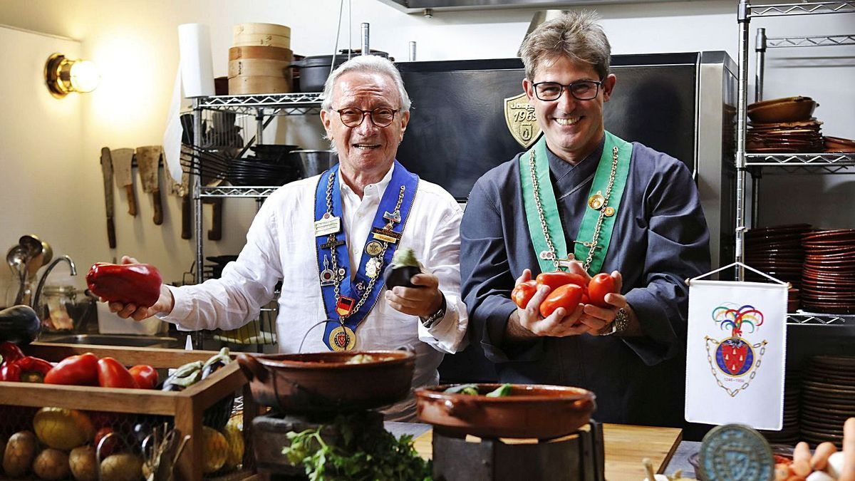 Sie verbindet der gute Geschmack: Helmut Baur (li.) und Mauricio Ginard, Präsident der Bailliage auf Mallorca.