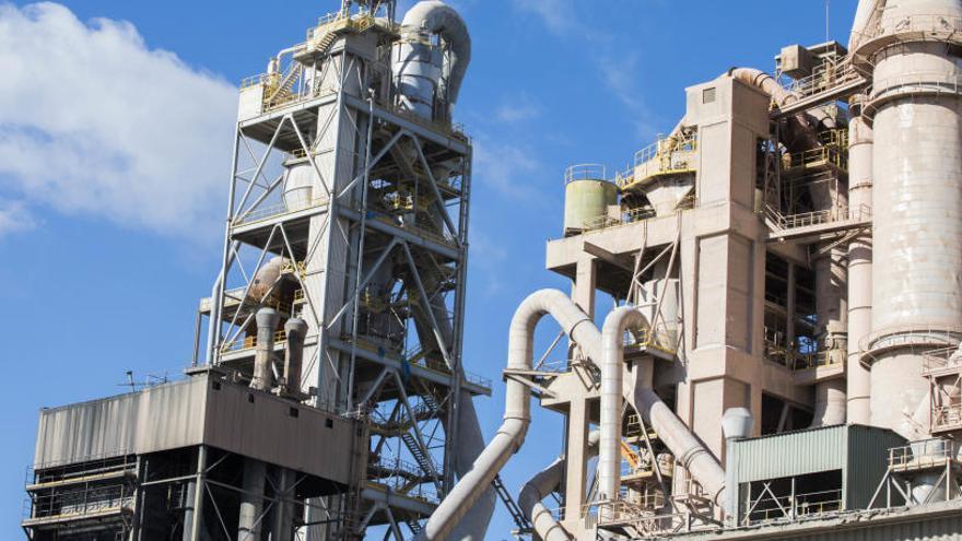 Competencia paraliza de forma temporal la venta de la planta de Cemex en Buñol