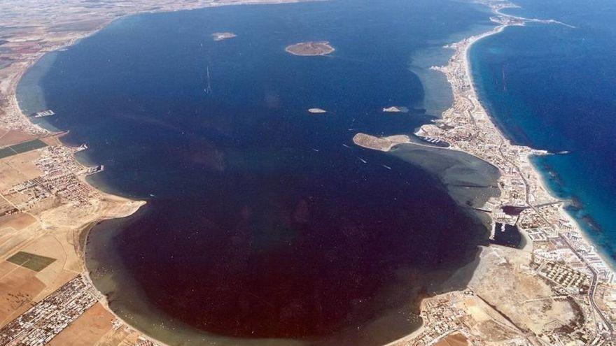 Extravagancias jurídicas inundan el Mar Menor