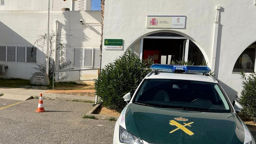 Intervienen marihuana en un control de un coche en Ibiza