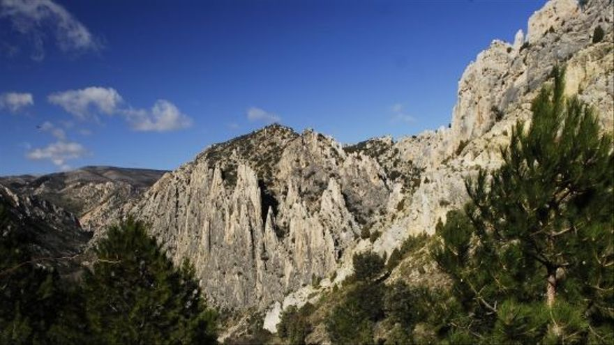 Los Órganos de Montoro son uno de los cuatro monumentos naturales del Maestrazgo turolense.
