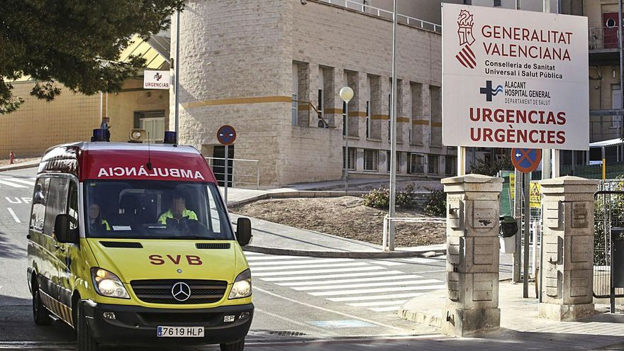 Muere un paciente detenido por agredir sexualmente a su compañero de habitación en el Hospital General de Alicante