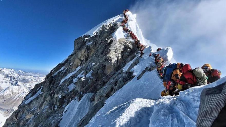Atasco mortal en el Everest