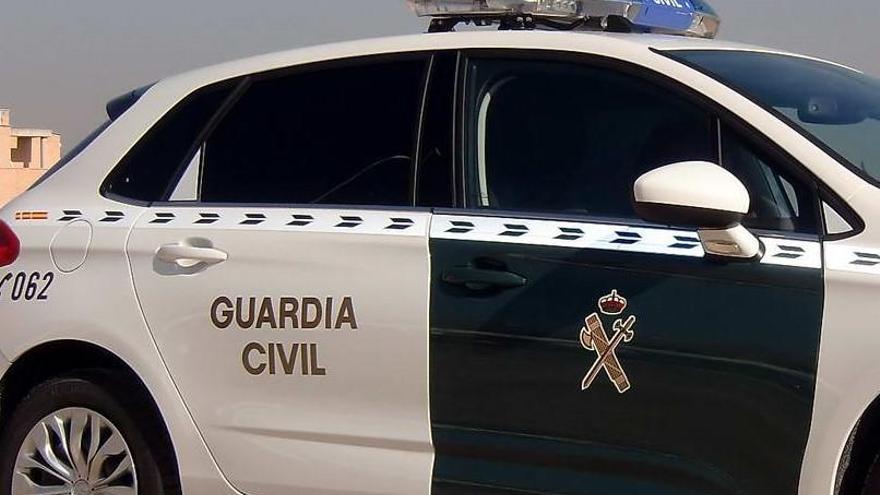 El jutjat envia a presó dos homes que duien una granada al cotxe a la Jonquera